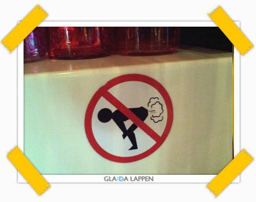 Förbud att prutta i den här baren